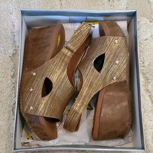Volatile Dive Wedge Platform Sandals